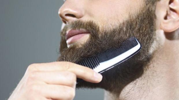 _87785639_combing-a-beard