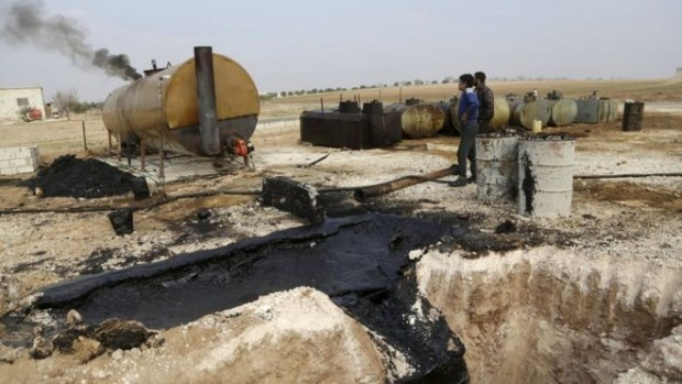 Makeshift oil refineries in Syria are obtaining crude oil from the Islamic State network