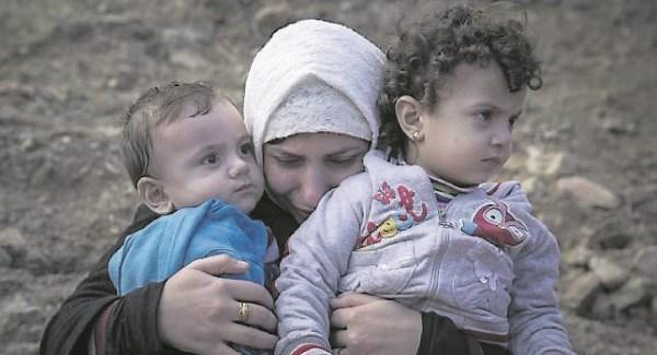 SyrianRefugeesMotherCrying011015_large