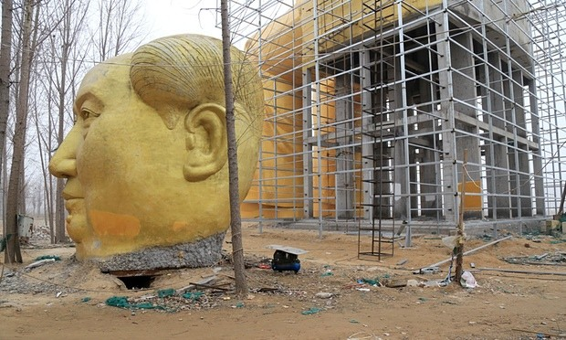 The statue under construction. Photograph: Imaginechina/Rex/Shutterstock