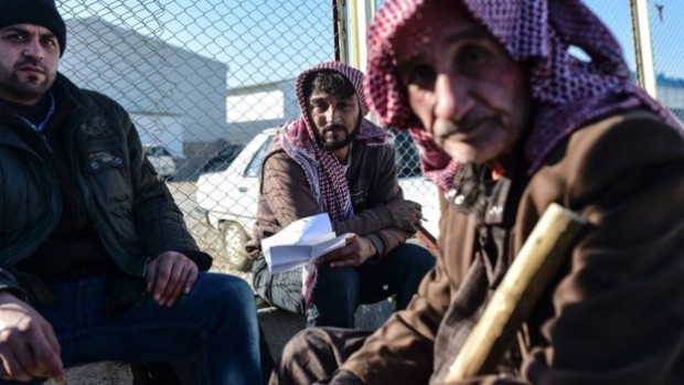 The UN refugee has called on Turkey to immediately allow in Syrians fleeing Aleppo