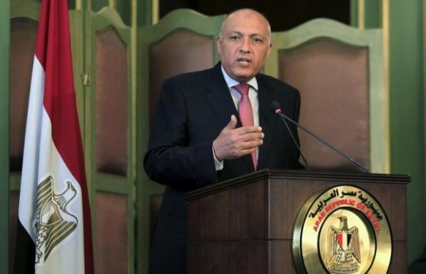 Egyptian Foreign Minister Sameh Shoukry speaks during a news conference after a meeting with his Italian counterpart Paolo Gentiloni at the foreign ministry in Cairo, Egypt, July 13, 2015. REUTERS/Mohamed Abd El Ghany