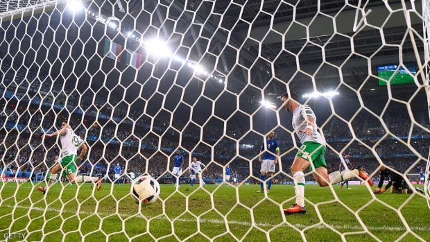 during the UEFA EURO 2016 Group E match between Italy and Republic of Ireland at Stade Pierre-Mauroy on June 22, 2016 in Lille, France.
