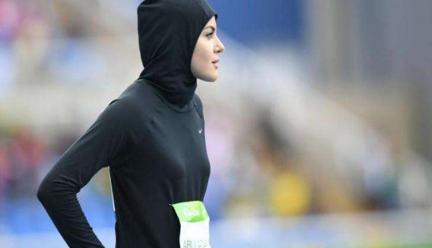 Sprinters from Saudi Arabia and Afghanistan make history at the Olympics 1