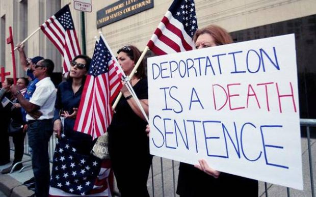 MI judge halts deportation of more than 1400 Iraqi nationals