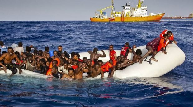 900 illegal immigrants rescued by Italian coastguards off Libya's coast