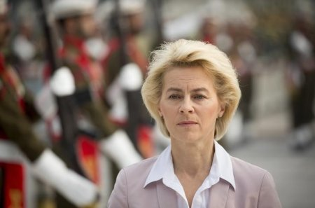 Germany's Defence Minister Von der Leyen takes part in a welcoming ceremony in Islamabad | Thomson Reuters