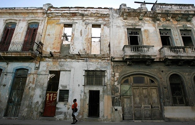 A street in Havana before the latest spate of restoration. Photograph: Claudia Daut/Reuters
