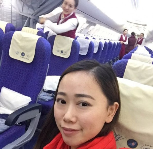 "Ms Zhang received the ""rockstar"" treatment when she boarded a flight home to Guangzhou province from Wuhan"