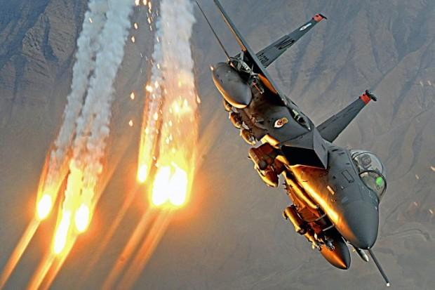 Air strike targets suspected IS militants near Libya's Bani Walid