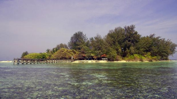 Pulau Cengkeh is the white-sand islet off the coast of Sulawesi, Indonesia (Credit: Theodora Sutcliffe)