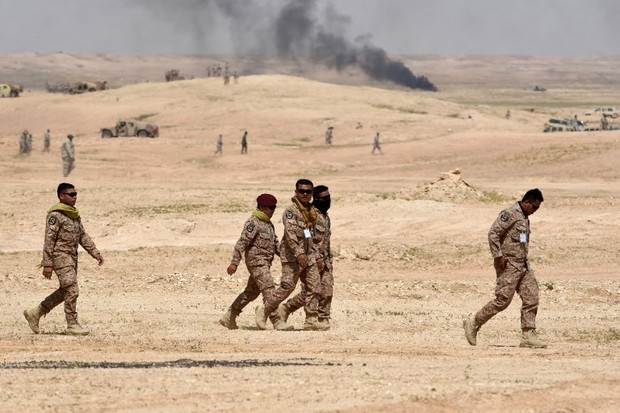 Troops leave on 10 March, 2016 at the end of the Northern Thunder military exercises in Hafr al-Batin, 500 kilometres northeast of the Saudi Capital Riyadh (AFP) - See more at: http://www.middleeasteye.net/news/yemen-rebels-free-9-saudis-ahead-peace-talks-coalition-1596504079#sthash.R939jt4H.dpuf