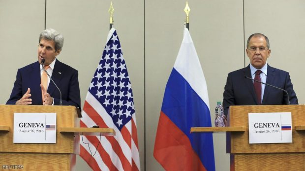 U.S. Secretary of State John Kerry (L) and Russian Foreign Minister Sergei Lavrov attend a news conference after a meeting on Syria in Geneva, Switzerland, August 26, 2016. REUTERS/Pierre Albouy