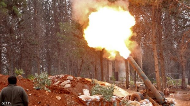Rebel fighters from the Jaish al-Fatah (or Army of Conquest) brigades fire a home-made mortar launcher during a major assault on Syrian government forces West of Aleppo city on October 28, 2016. Syrian opposition fighters launched a major assault on government forces to break a months-long siege of rebel-held neighbourhoods of the battered city of Aleppo. Rebel groups including the powerful Ahrar al-Sham faction and former Al-Qaeda affiliate Fateh al-Sham Front fired waves of rockets into government-held western Aleppo, killing at least 15 civilians, a monitor said. The rebels also targeted government positions east of Aleppo city and in the coastal province of Latakia. / AFP / Omar haj kadour