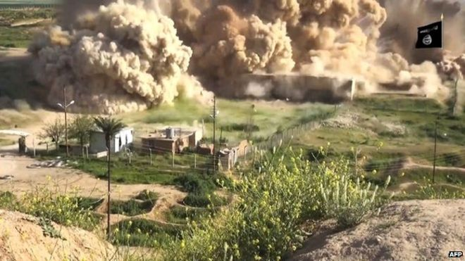 IS posted a video showing explosions at Nimrud after capturing it