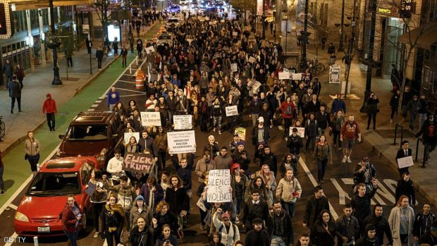 Anti-Trump Demonstrators protest on November 9, 2016 in Chicago, Illinois. Thousands of people across the United States took to the streets in protest a day after Republican Donald Trump was elected president, defeating Democrat Hillary Clinton. (Photo by John Gress/Getty Images)