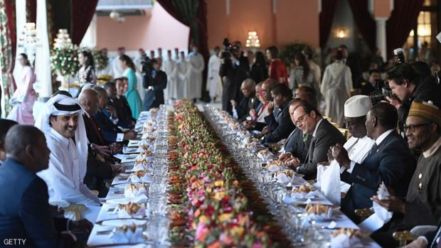 The official lunch for the opening of the high-level segment of the COP22 Climate Change Conference at the Royal Palace in Marrakesh on November 15, 2016.  / AFP / STEPHANE DE SAKUTIN