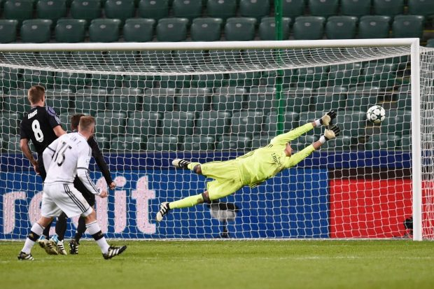 real-madrids-costa-rican-goalkeeper-key