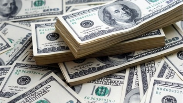 Us Dollar Drops Below Six Dinars